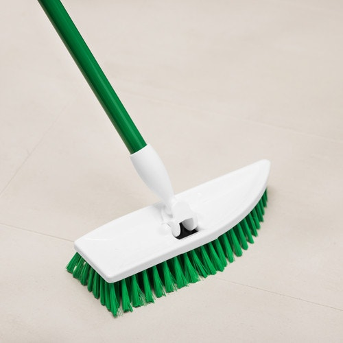 Libman Commercial No Knees Floor Scrub Brush With Handle